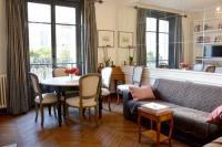 gite Paris 9e Arrondissement Apartment Eiffel Tower Suffren