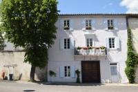 Location de vacances Campagne sur Aude Location de Vacances B-B La Larguesa