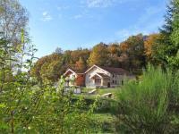Location de vacances La Chapelle aux Bois Location de Vacances Maison de Vacances Au Clair de Lune