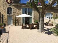Location de vacances Courthézon Location de Vacances Apartment Château - Jonquieres