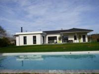 Location de vacances Carsac de Gurson Location de Vacances Maison Contemporaine avec Piscine chauffée