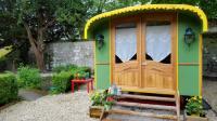 Gîte Ferrière sur Beaulieu Gîte Roulotte Mariposa