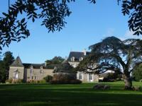 Gîte Ploubalay Gîte Chateau du Val d'Arguenon