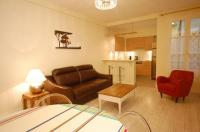 gite Paris 11e Arrondissement Apartment Close Champs Elysees.
