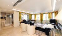 gite Bagnols en Forêt Apartement in Résidence Croisette Azur