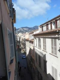 Location de vacances Toulon Location de Vacances Laugier Apartment