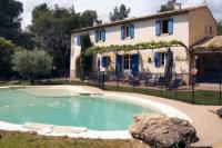 tourisme Roussillon BASTIDE l'OLIVE BLEUE