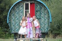 Gîte Anlhiac Gîte La Roulotte de la Maison du Bonheur