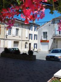 Gîte Sainte Bazeille Gîte Les Volets Bleus de Bastide