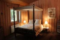 Location de vacances Villebon sur Yvette Location de Vacances L'isba des bois, hors du temps