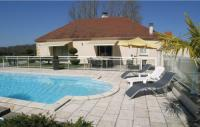 Location de vacances Perpezac le Blanc Location de Vacances Holiday Home Pazayac I