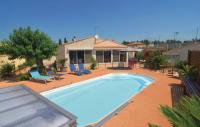 gite Caissargues Holiday Home Tarascon with Hot Tub I