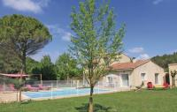 tourisme Carpentras Holiday Home Pernes les Fontaines with Fireplace I