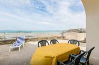 gite Saint Malo Apartment with Sea View