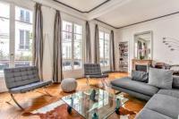 gite Paris 3e Arrondissement Luxury and Spacious Appartment in Saint Germain