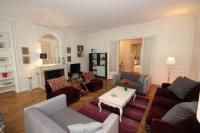 tourisme Saint Germain en Laye FG Apartment - Arc-de-Triomphe, Avenue Victor Hugo