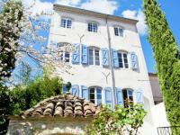 Location de vacances Colognac Location de Vacances Villa Hippolyte