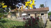 Location de vacances Esclassan Labastide gite 2 chambres avec parc cloture