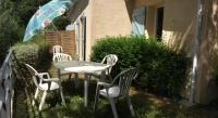 Location de vacances Bourdalat Location de Vacances T3 en duplex avec jardin et piscine