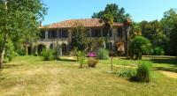 Location de vacances Bourdalat Location de Vacances Maison Doat 1823