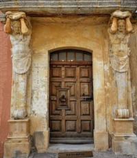 tourisme La Bastide des Jourdans Les Atlantes de Provence