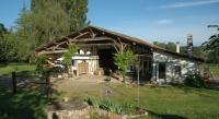Location de vacances Puch d'Agenais Location de Vacances Les Prés de Ponteau