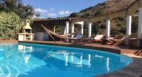 Location de vacances Bastelica Location de Vacances Apartement dans Villa avec Piscine
