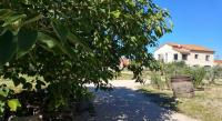 gite Le Puy Sainte Réparade Apartment Impasse les Lilas