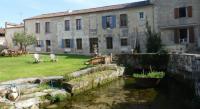 Location de vacances Jarnac Location de Vacances Petit Moulin De Veillard