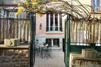 Location de vacances Les Lilas Location de Vacances Villa Ribot