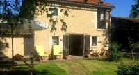Location de vacances Le Rochereau Location de Vacances Holiday home La Bergerie