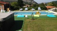Location de vacances Génat Location de Vacances La Demeure