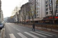 gite Paris 19e Arrondissement Eiffel Tower view Apartment