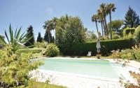 gite Villefranche sur Mer Three-Bedroom Holiday Home in Le Rouret