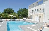 Location de vacances Poggio Mezzana Location de Vacances One-Bedroom Apartment in Moriani Plage