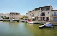 tourisme Beauvoisin Three-Bedroom Holiday Home in Aigues-Mortes