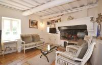Location de vacances Saint Maximin Location de Vacances Ten-Bedroom Holiday Home in Saint-Maximin