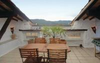 gite Rosis Five-Bedroom Holiday Home in Bedarieux