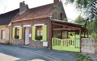 Location de vacances Noordpeene Location de Vacances One-Bedroom Holiday Home in Arques