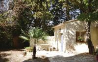 tourisme Plaisians Studio Holiday Home in Crillon le Brave