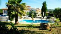 Location de vacances Roquessels Location de Vacances Holiday home Chemin du Cres