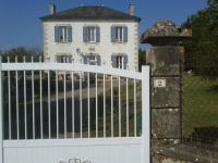 Gîte Cloué Gîte Le Petite Chateau