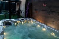 tourisme Thil Loft Jacuzzi Privatif