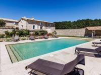 Location de vacances Saint Christol Location de Vacances Aubignane La Grange D'Anthounin