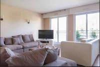 Location de vacances Nanterre Location de Vacances Luxury Apartment with Seine view