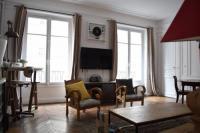 gite La Frette sur Seine Typical Parisian Apartment Avenue de Wagram
