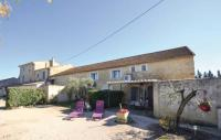 Location de vacances Monteux Location de Vacances Two-Bedroom Holiday Home in Monteux
