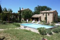 Location de vacances Salazac Location de Vacances Holiday home chemin du cimetiere