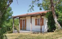 Location de vacances Assier Location de Vacances Two-Bedroom Holiday Home in St. Bressou