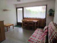 Location de vacances Ris Location de Vacances T2 cabine en rez-de-jardin avec terrasse